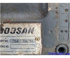 Нужен 170401-00079A редуктор хода на экскаватор Дусан 180.