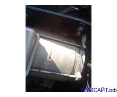 Срочно нужен моторчик на реф Carrier 1996 года (фото).