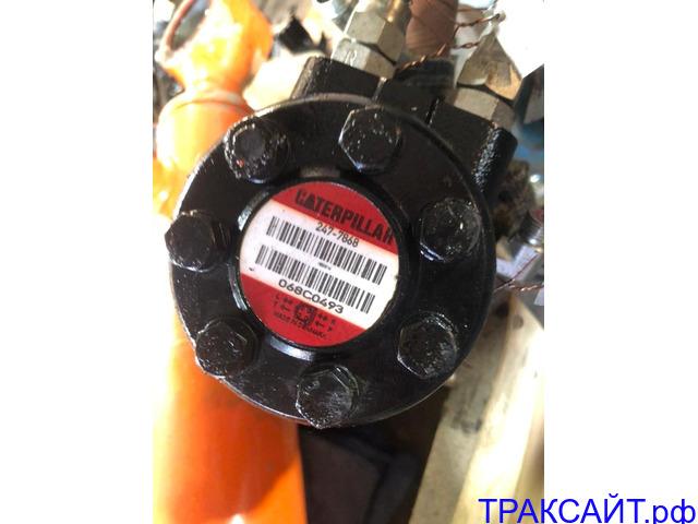 Нужен дозирующий насос 2477868 на САТ428Е.